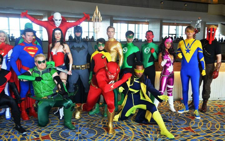 Booster Gold of the New 52 at Dragon Con 2012 (pic courtesy KalelKara of The Superhero Costuming Forum)