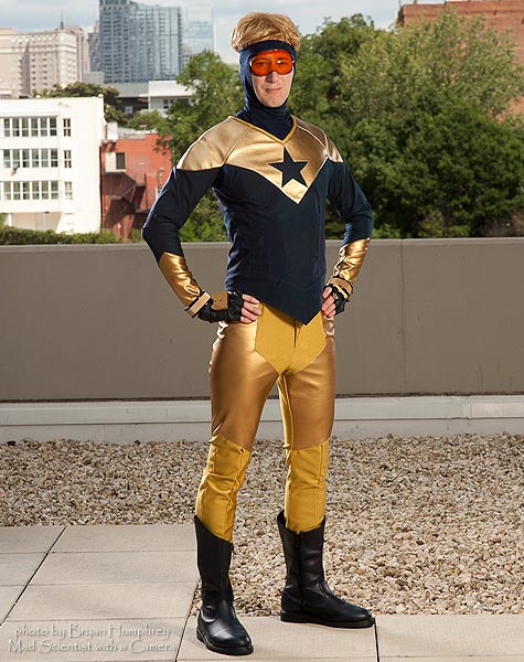 Pyynk as Booster Gold at Dragon Con 2012 (pic courtesy Bryan Humphrey)