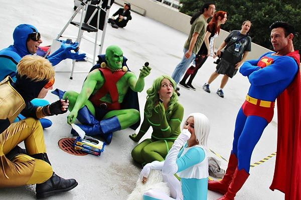 JLI cosplaying with Pyynk and friends